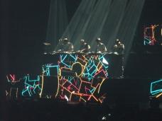 Une des nombreuses images géometriques et colorées de la soirée.